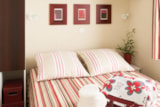 Rental - Cottage 1 bedroom Duo 16m² Special spa treatment stay TV - Airotel Camping La Roche Posay Vacances