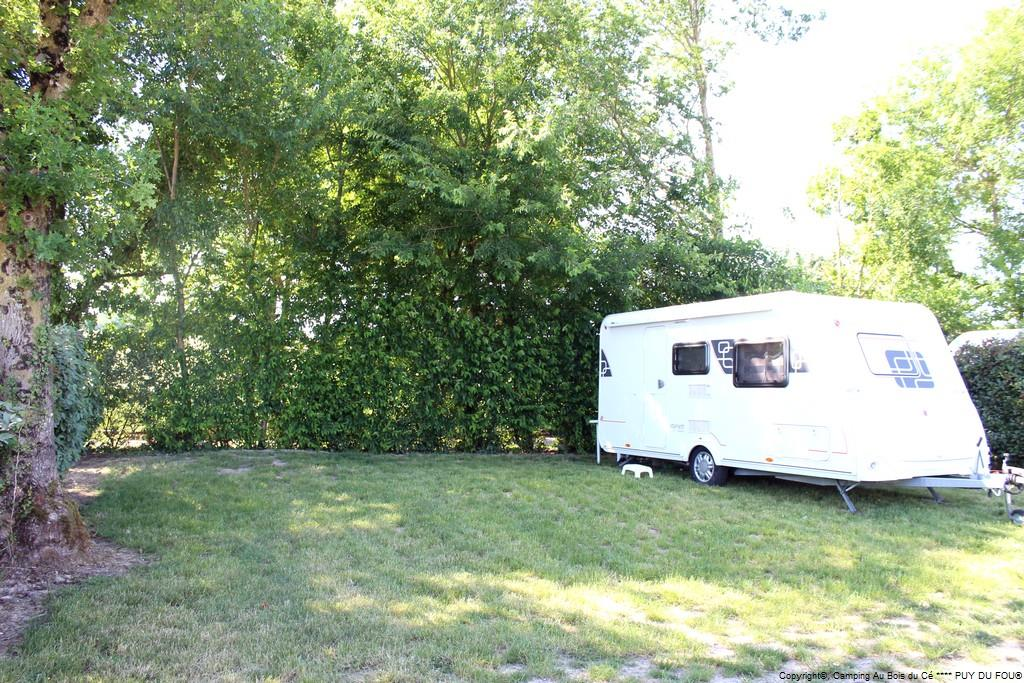 EMPLACEMENT CAMPING FORFAIT 2 PERS. + voiture
