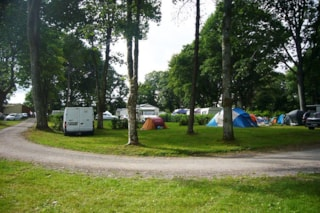 Pitch - tent, caravan or motorhome >100m²
