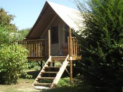 Accommodation - Tent Canvas And Wood - CAMPING LE NID DU PARC