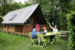 Accommodation - Tent Lodge Canvas And Wood Lodge - CAMPING LE NID DU PARC