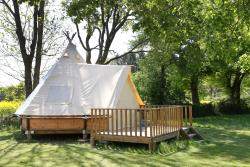 Accommodation - New! Tepee Tent - CAMPING LE NID DU PARC