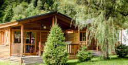 Accommodation - Chalet Mélèzes 2 Bedrooms / Arrival And Departure On Sunday In July And August - Camping Les Marmottes