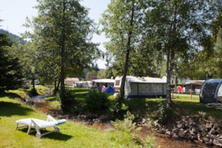 Privilege Package (1 tent, caravan or motorhome / 1 car / electricity 6A)