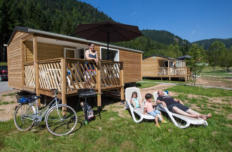 Location - Confort Mobil-Home 24 M² (2 Chambres) + Terrasse Intégrée - 2015 - Flower Camping Verte Vallee