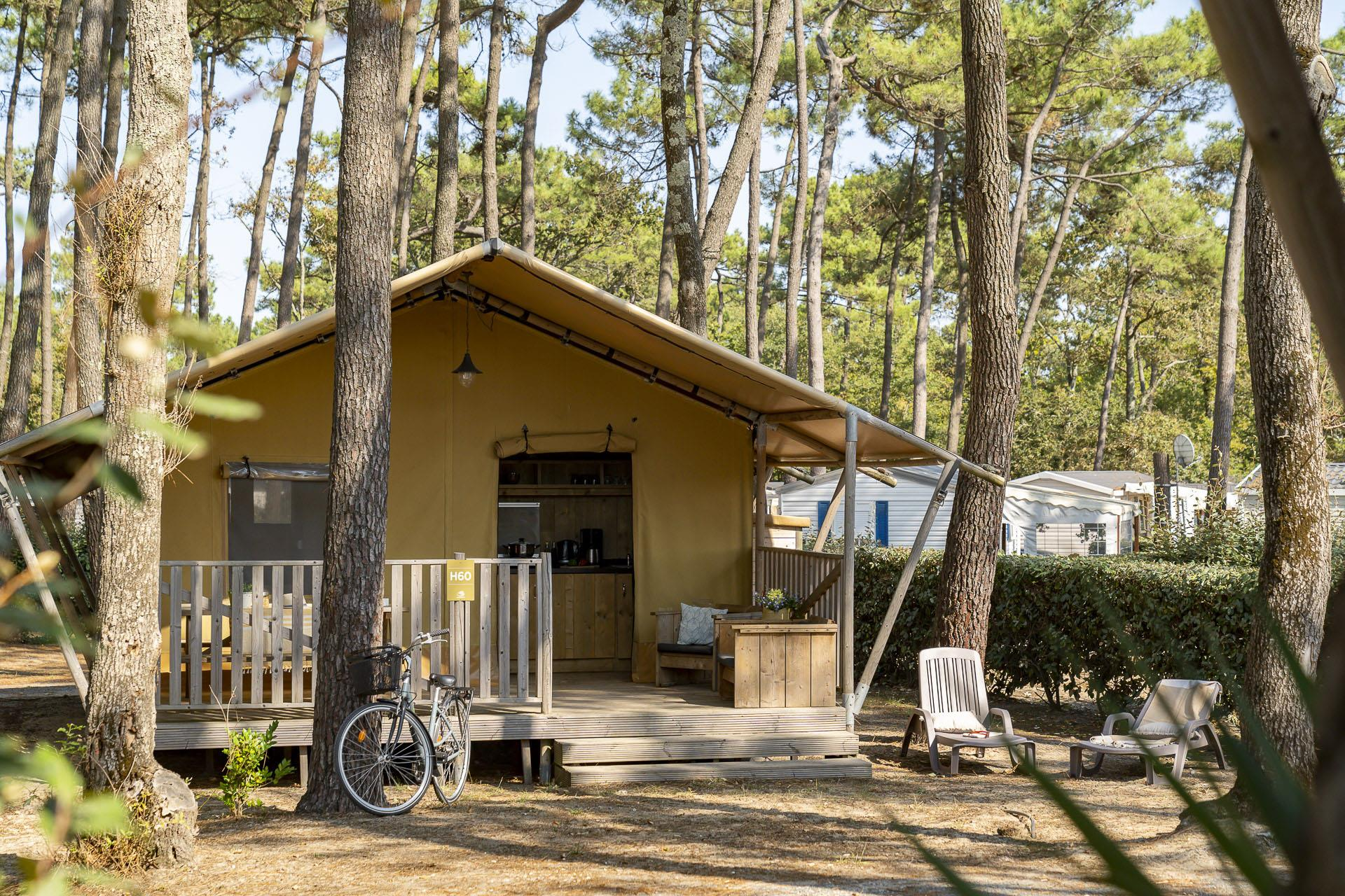 Location - Lodge Luxe 2 Chambres **** - Camping Sandaya Soulac Plage