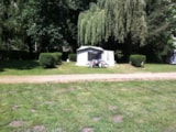 Pitch - Location for TENT or CARAVAN - Camping d'Auberoche