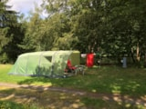 Pitch - Comfort Package (1 tent, caravan or motorhome / 1 car / electricity 10A) - Flower Camping Les Murmures du Lignon