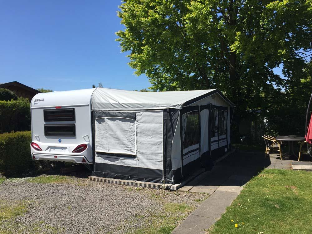 Accommodation - Rental Caravan - 2 Adults - Campingplatz Hof Biggen