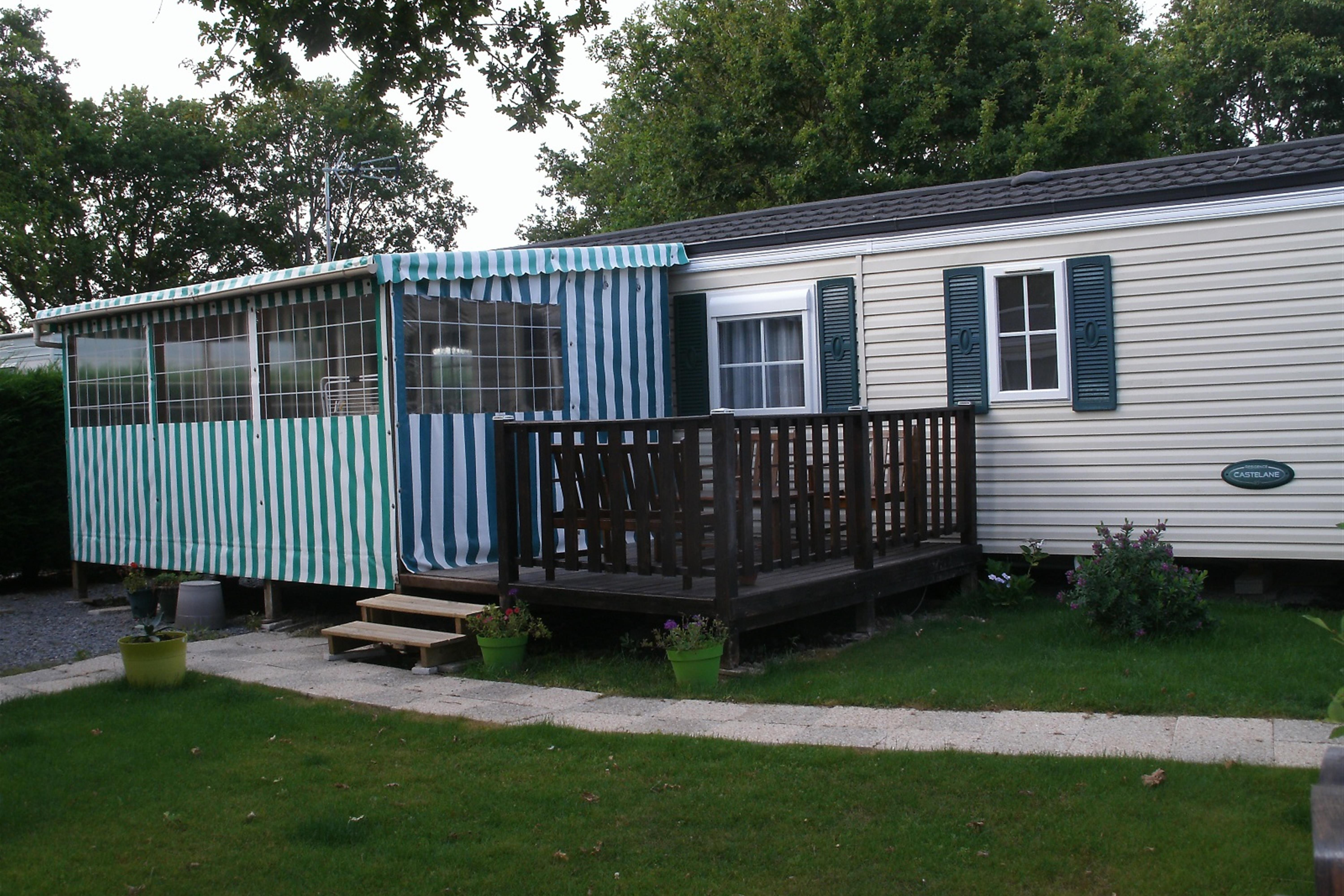 Mobile home Résidence 2 bedrooms - sheltered terrace
