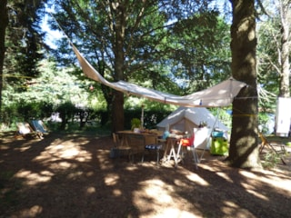 Comfort Package + : Pitch 300M² + Car + Tent Or Caravan + Electricity 6A + 2 Pers
