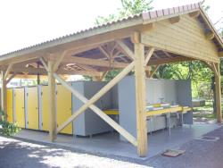 Wheelchair friendly Camping La Turelure - Uzer