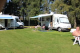 Pitch - Pitch + camping-car - Eurocamping Vessem