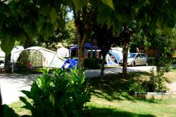 Pitch - Pitch + vehicle - Camping du Manoire
