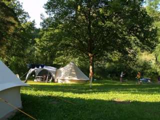 Camping pitch NATURE 100m² - Price for 2 pers. without electricity