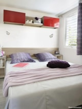 Huuraccommodaties - Cottage Summer Suite - 2 (slaap)kamers - airconditioning, tv + terras - Camping Holiday Green