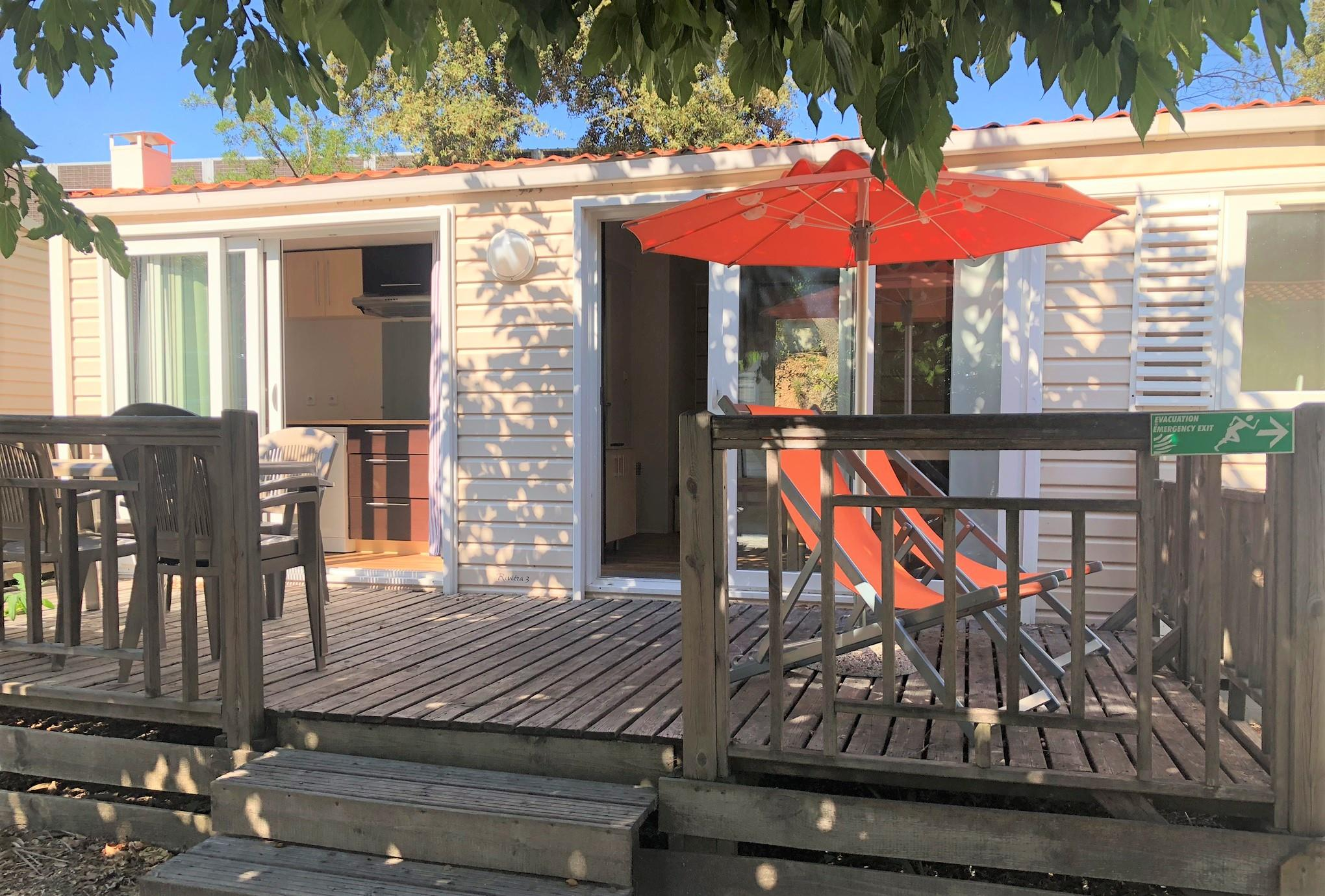 Location - Cottage Riviera Club Prestige 38 M² - 3 Chambres - Terrasse Bois +  Climatisation, Tv - Camping Holiday Green