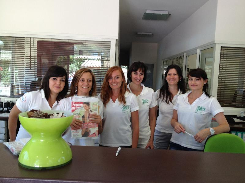 Reception team Camping Holiday Green - Fréjus