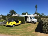 Pitch - Pitch: camping-car + electricity - Camping Le Rivage