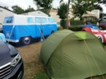 Pitch - Package B: pitch + vehicle + electricity 6A - Camping les Alouettes