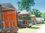 Rental - Chalet Economique (2 bedrooms) 25-28m² + wooden terrace (- 10 years) - Camping les Alouettes