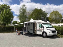 Emplacement Stabilise > 100 M2 Camping Car Avec Edf