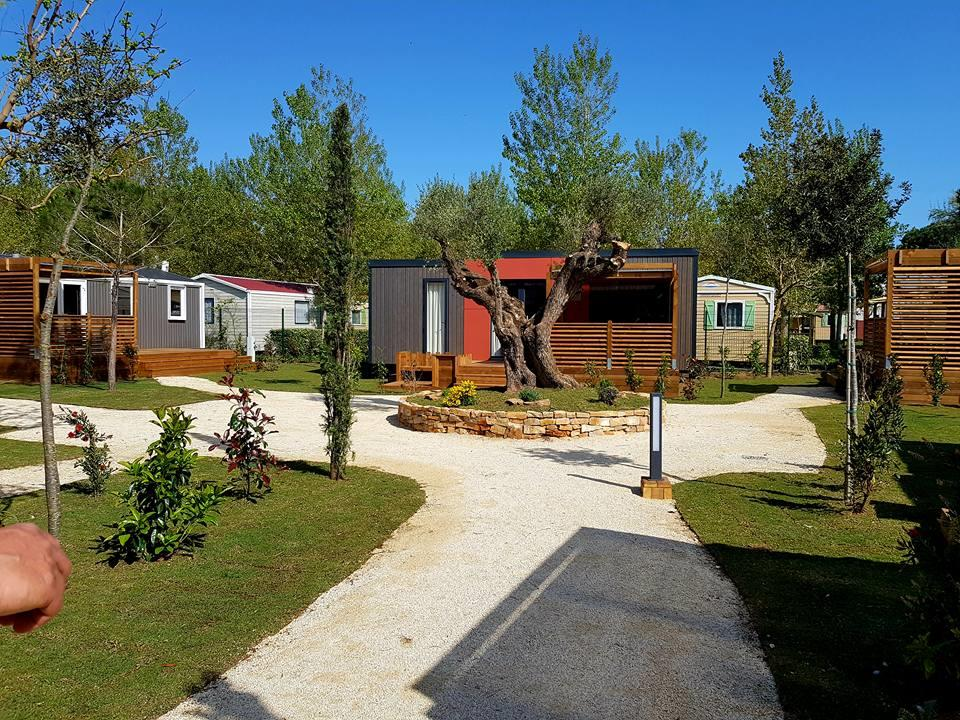 Mobilhome Taos Premium 38.20m² - 2 chambres 2 SDB avec climatisation + terrasse couverte 4 pers