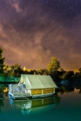 Rental - A HUT IN CANVAS AND WOOD ON THE LAKE - Camping Sites et Paysages SAINT-LOUIS
