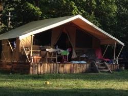 Accommodation - Safari Tent Cabanon - Camping les Chamberts