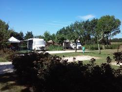 Pitch - Pitch: camping-car + electricity 10A - Camping Las Patrasses