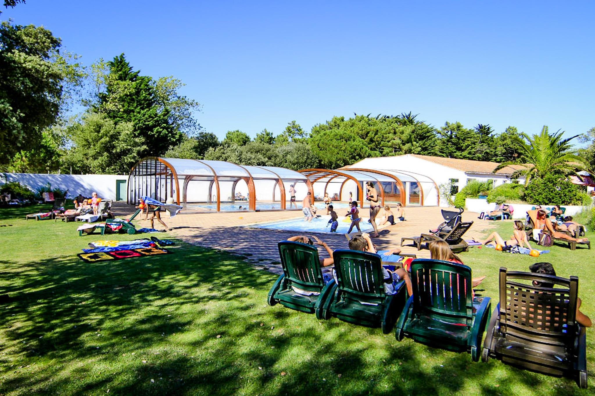 Establishment Camping L'ile Blanche - La Flotte En Re