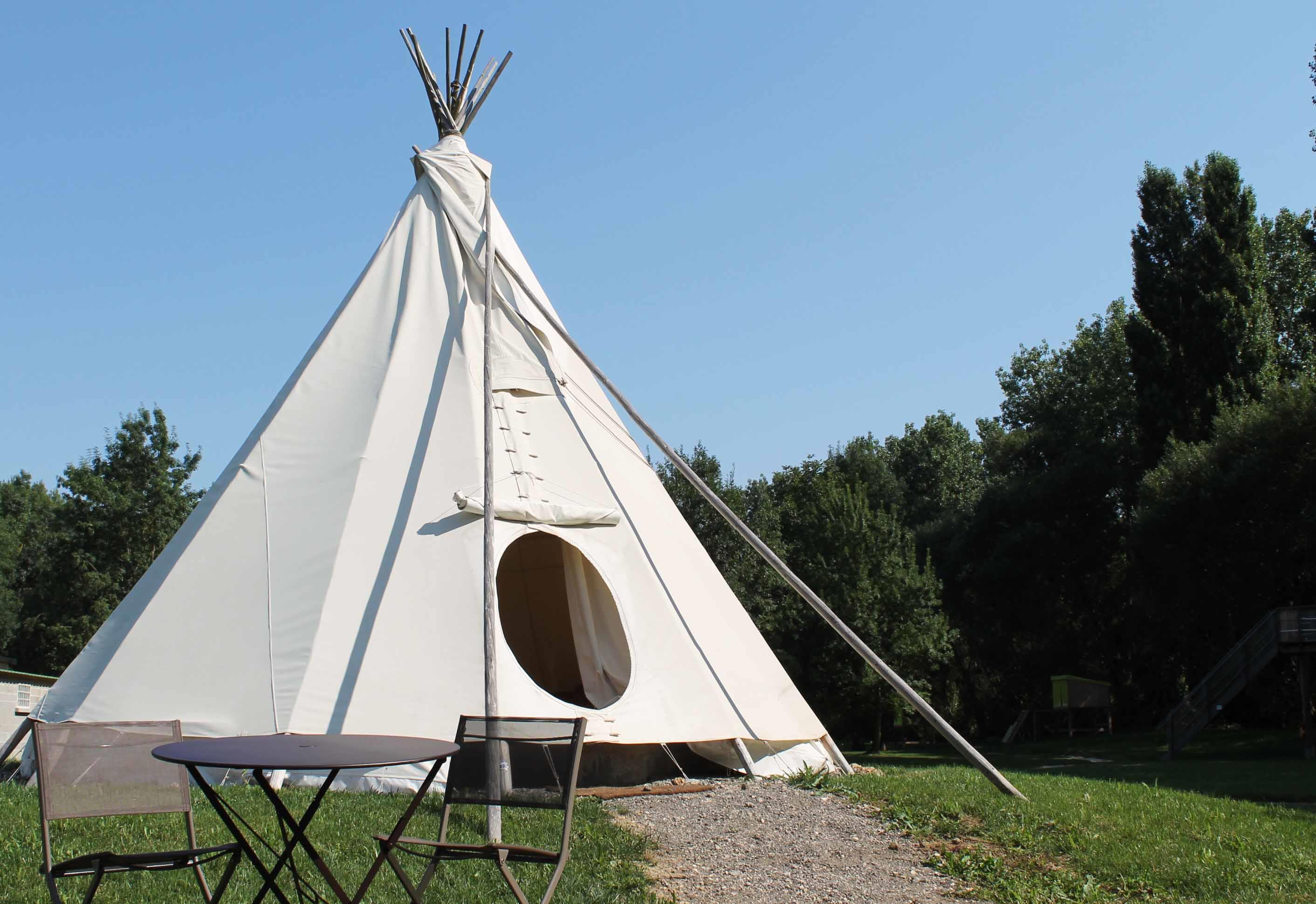 tipi indien. Black Bedroom Furniture Sets. Home Design Ideas