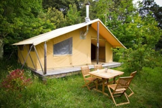 Canadienne Tent (with Wood stove)