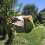 Pitch - Emplacement : voiture + tente ou caravane + electricity 10A - Flower Camping le Montana