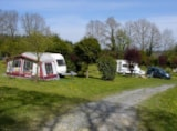 Pitch - Pitch Caravan - Camping Le Roptai