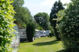 Pitch - Pitch + 1 Vehicle / 2 Motorcycles + Small Tent - Campingplatz im Siebengebirge