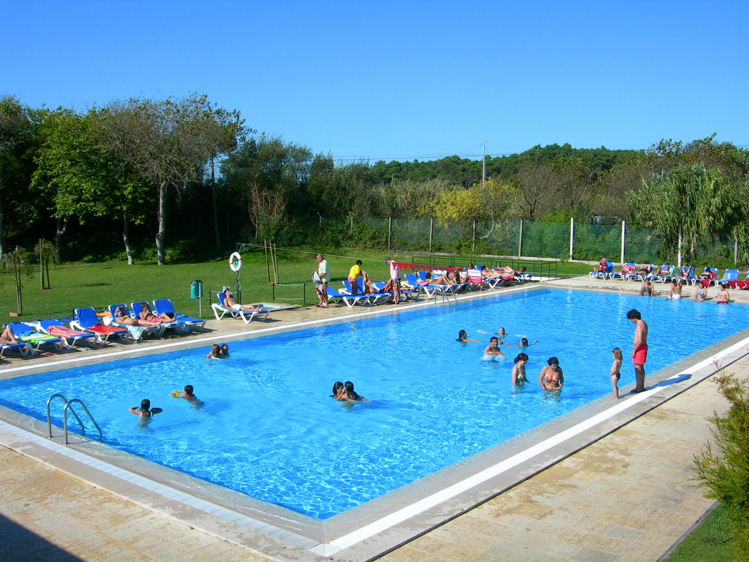 Camping porto portugal rio alto campings et for Piscine porto portugal