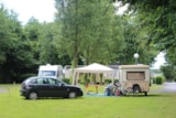 Pitch - Pitch : Car + Tent/Caravan Or Camping-Car + 1 Child - 7 Years - Camping Le Clos de Balleroy
