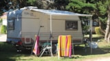 Pitch - Package Camping Key: Car + Tent Or Caravan + Electricity - Camping du Vieux Château