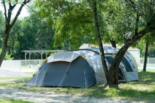 Pitch + Car + Tent/Caravan Or Camping-Car - Pitch 200 M2
