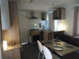 Rental - Mobilhome Sunroller (2012) 1-4 Persons  2 bedrooms - Camping Des Prairies d'Auvergne