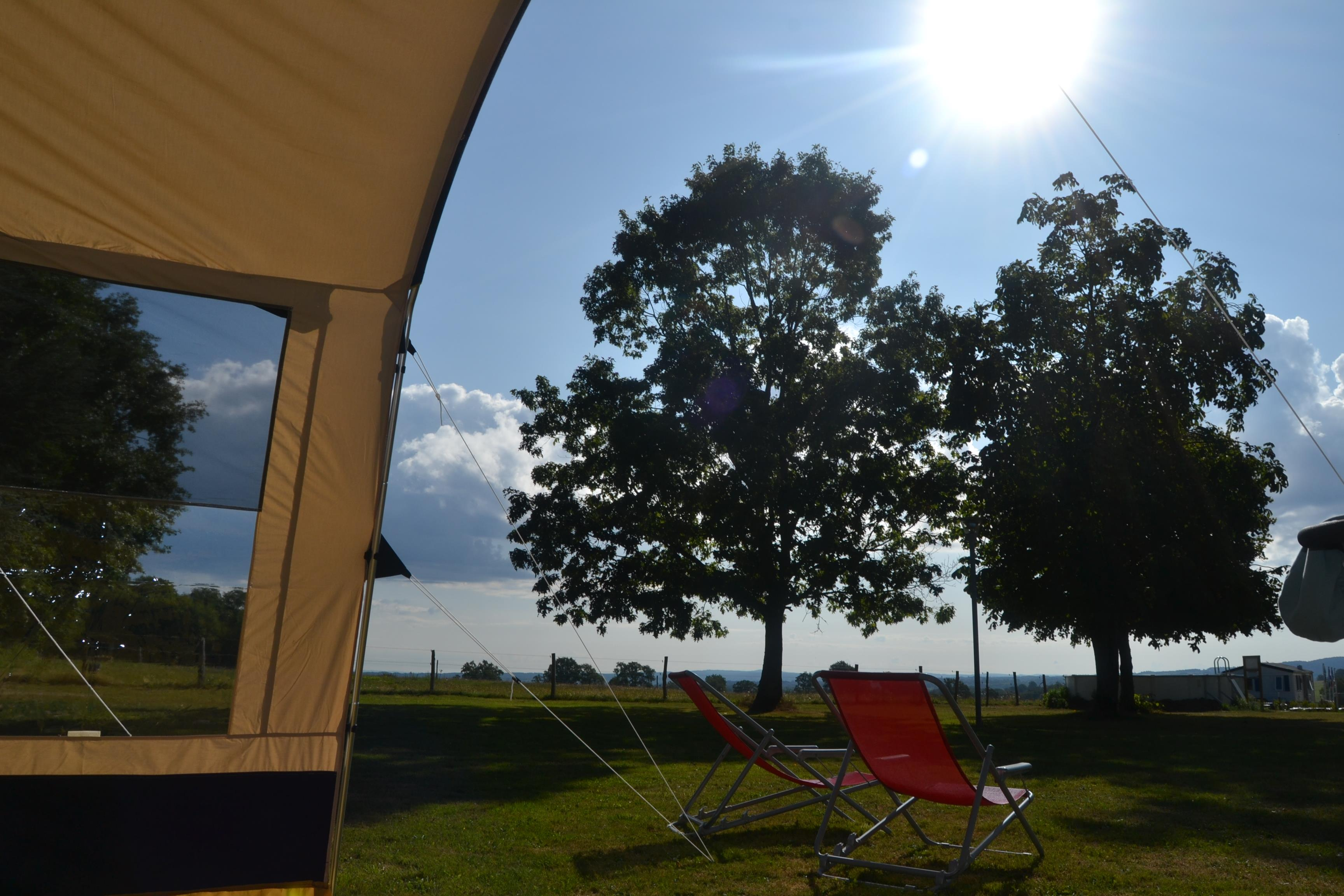 Establishment Camping Dun-le-Palestel - Dun-le-Palestel