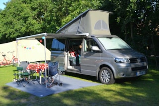 Classique Pitch Camping Car > (Water And Electricity)