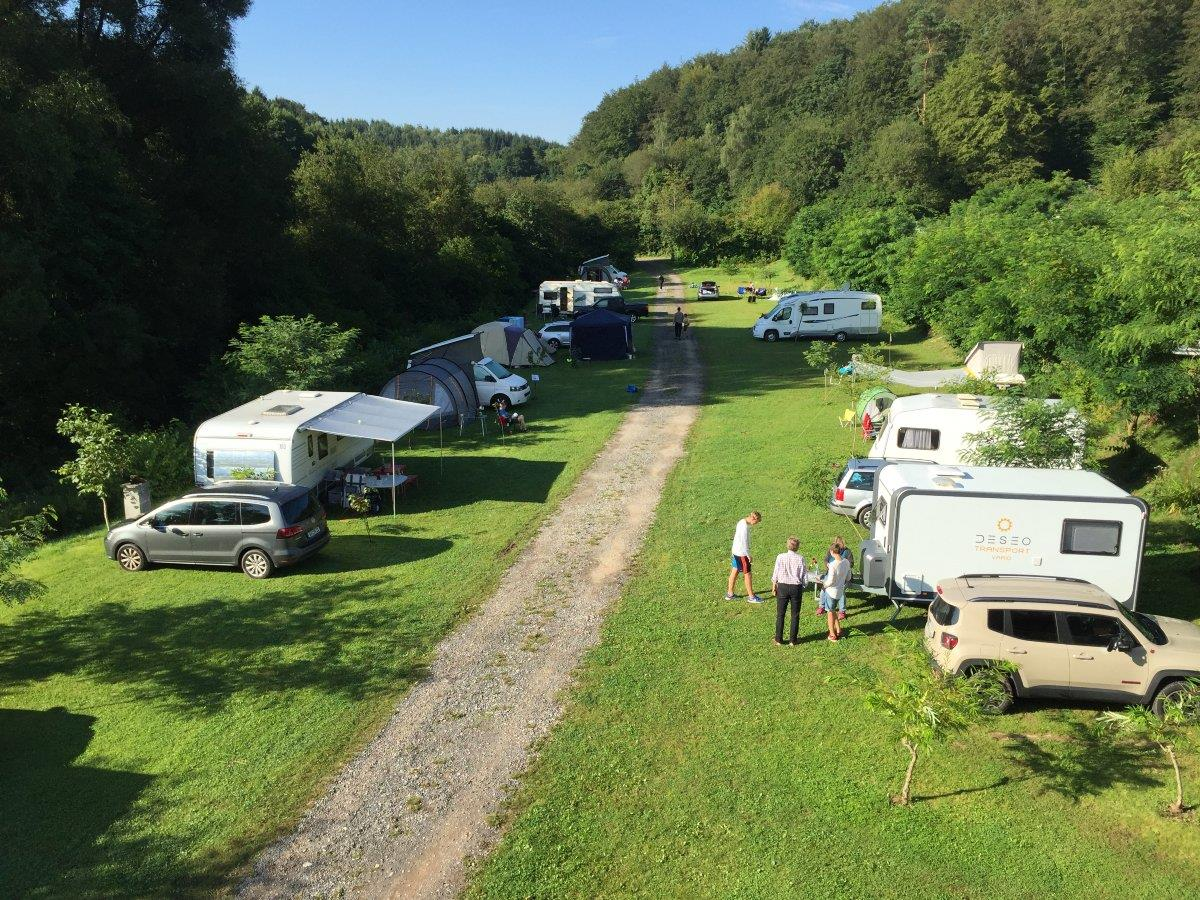Emplacement - Emplacement : 1 Voiture + Tente - Camping Weihersee