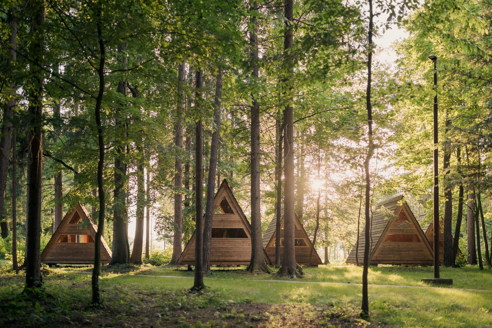 Alojamiento - Glamping Hut Forest Bed - Forest Camping Mozirje