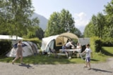 Pitch - Campingpitch including 2 people, electricity and car - RCN Belledonne