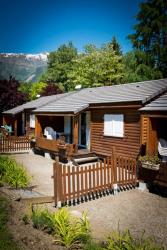 Accommodation - Chalet Fleuri 35M² - 2 Bedrooms - Sites et Paysages A La Rencontre du Soleil