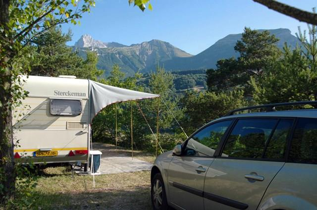 Pitch tent or caravan + car