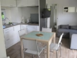 Rental - Taos Premium 27m² (1 Bedroom) with Spa + sheltered terrace - Flower Camping Les Capucines