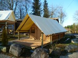 Accommodation - Tent 10 M² Mid-Wood Half-Canvas On Floor And Terrace. 2 Beds 90, Fridge, Microwave, Coffee Maker, Cooking Utensils, Hob: No, Electricity: Yes, Sanitary: No. - Camping Pré Rolland